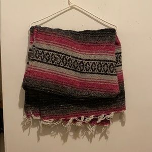 Spanish style knit blanket